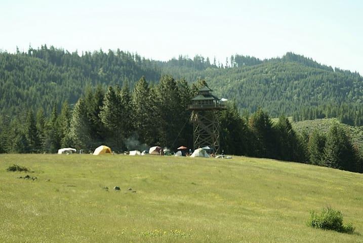 Weekend Retreat at Summit Prairie - Tiller - Tente