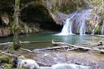 Une des nombreuses cascades de la Bèze