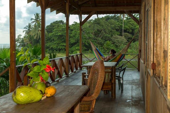 CASA GRANDE Eco Lodge at PACUARE RESERVE -