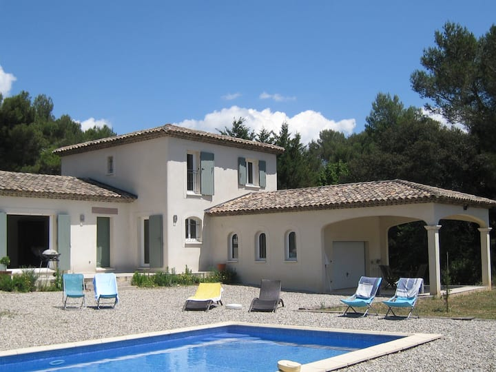 Villa in Provence with swiming pool -6 to 8 pers.-