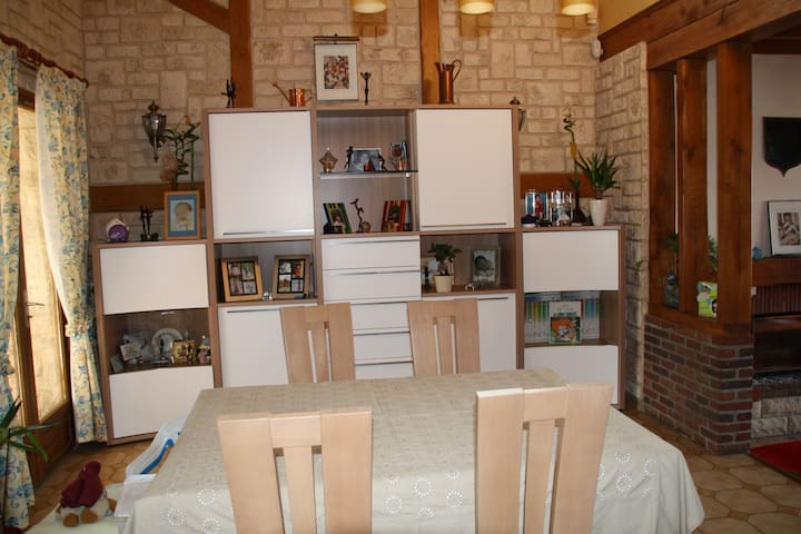 Maison 230 m2 à 15 km d'Amiens - Hailles