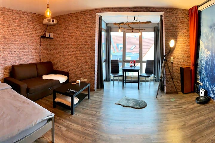 Frisch renovierte Wohnung mit Heimkino