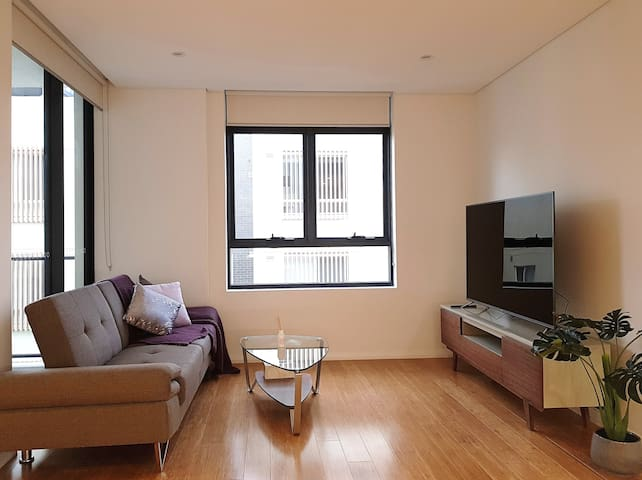 EPP209-Comfy & spacious 1-bed modern apartment