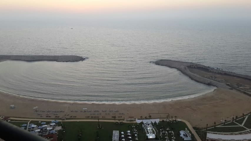 RENT A PLACE ON TOP OF ALEXANDRIA CITY & SEA VIEW!