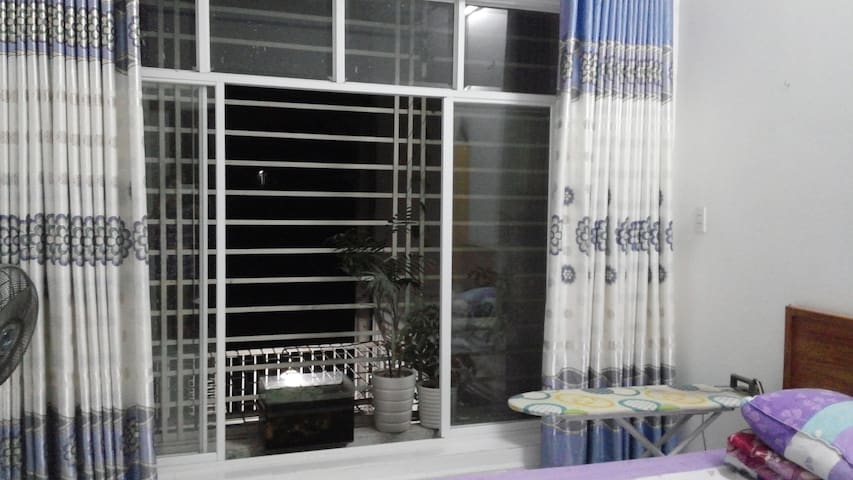 Suitable for couple in traveling - Ciudad de Ho Chi Minh - Casa
