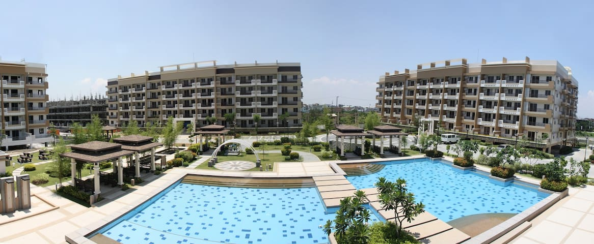3BR Fully Furnished Perfect for Family Vacation - Taguig - Apartment