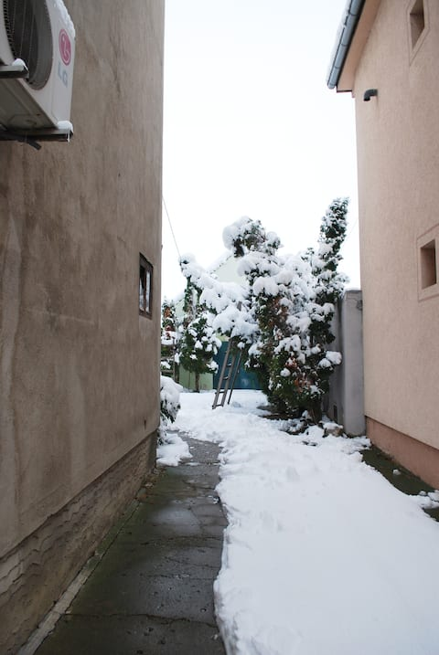 Malý útulný byt blízko hlavného mesta Belehradu