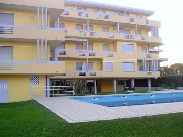 Monolocale residence Acapulco con piscina