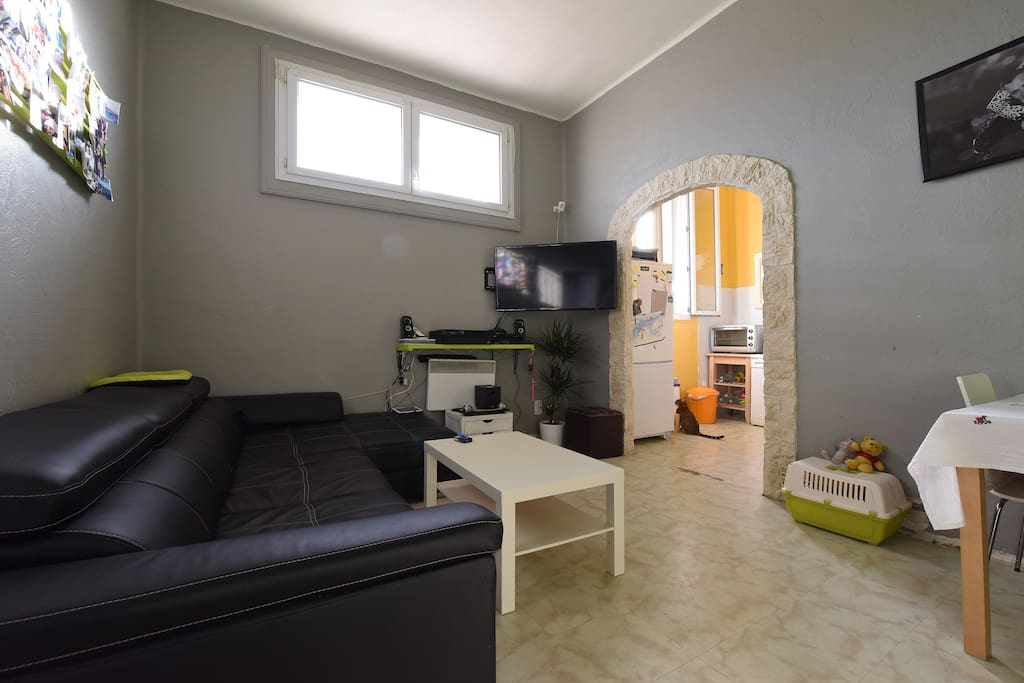 appartement centre ville gare appartements louer montpellier languedoc roussillon france. Black Bedroom Furniture Sets. Home Design Ideas