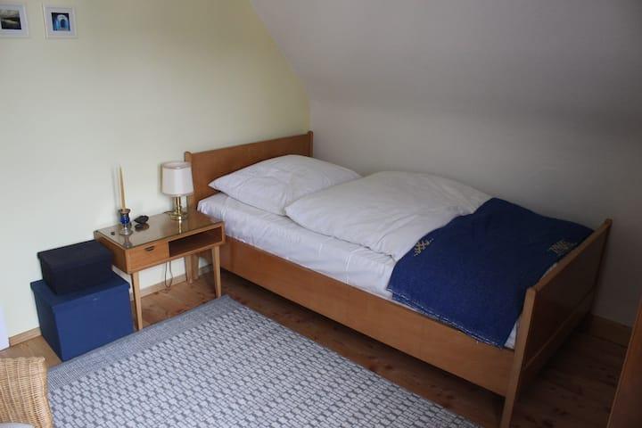 Komfortables Privatzimmer bei Reutlingen/Tübingen