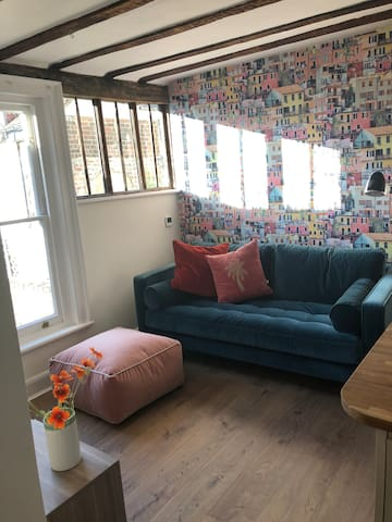 The Perch - quiet oasis in Canterbury City Centre