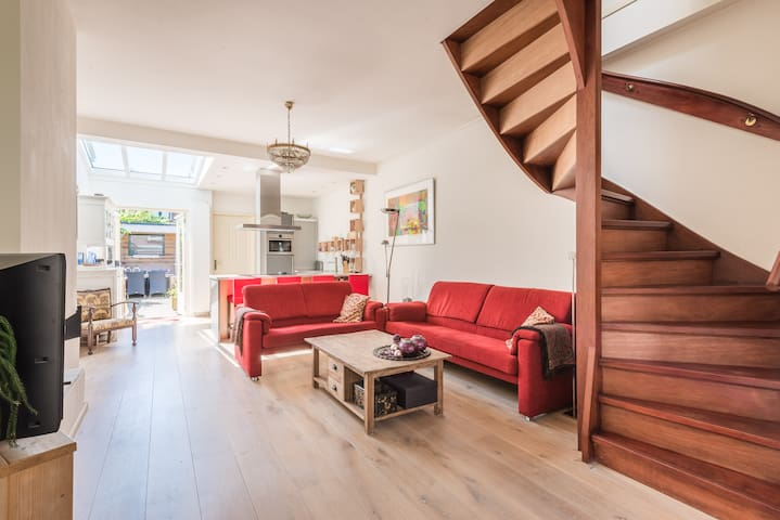 Roosveld Spacious Apartment
