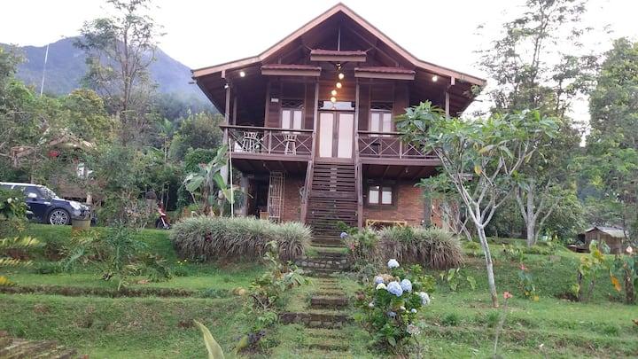 Villa Diantie, Gunung Malang, Bogor