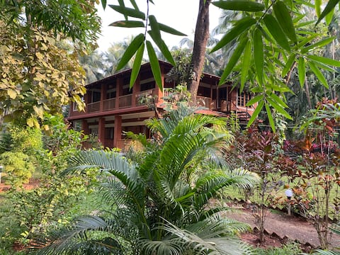 Dragonfly Cottage, Thal, Alibaug