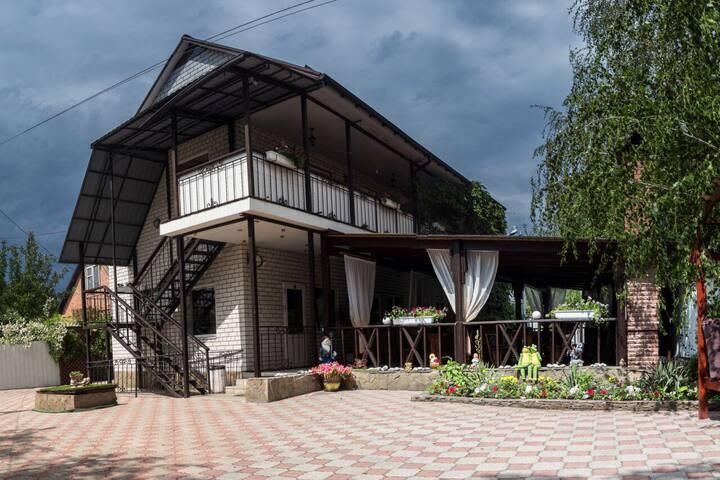Отдых в курортном городе Святогорск