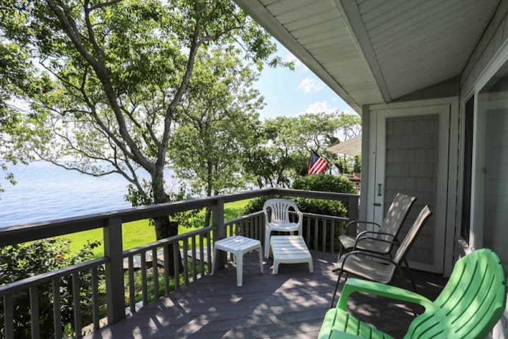 PS-I*  Swan Sea* Soundfront* .5 mile drive to beach access*Community Pool