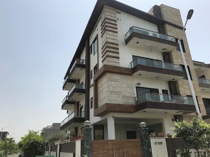 Kenwood, Sec 105, Noida