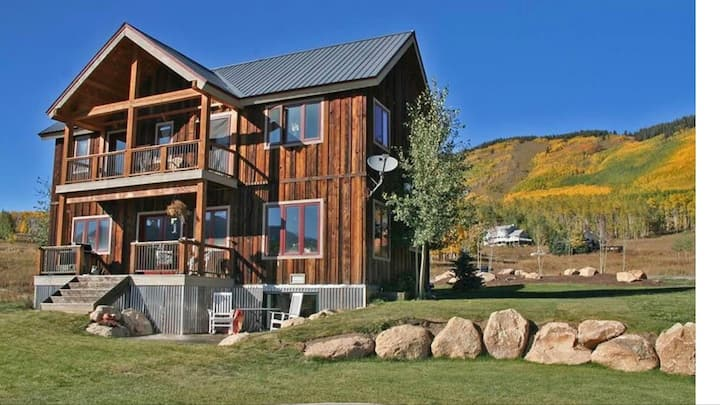 Crested Butte Mountain Retreat