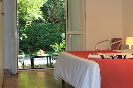 Casa Malibu -Relax by the Sea & See Roman Sights - Anzio - Apartemen