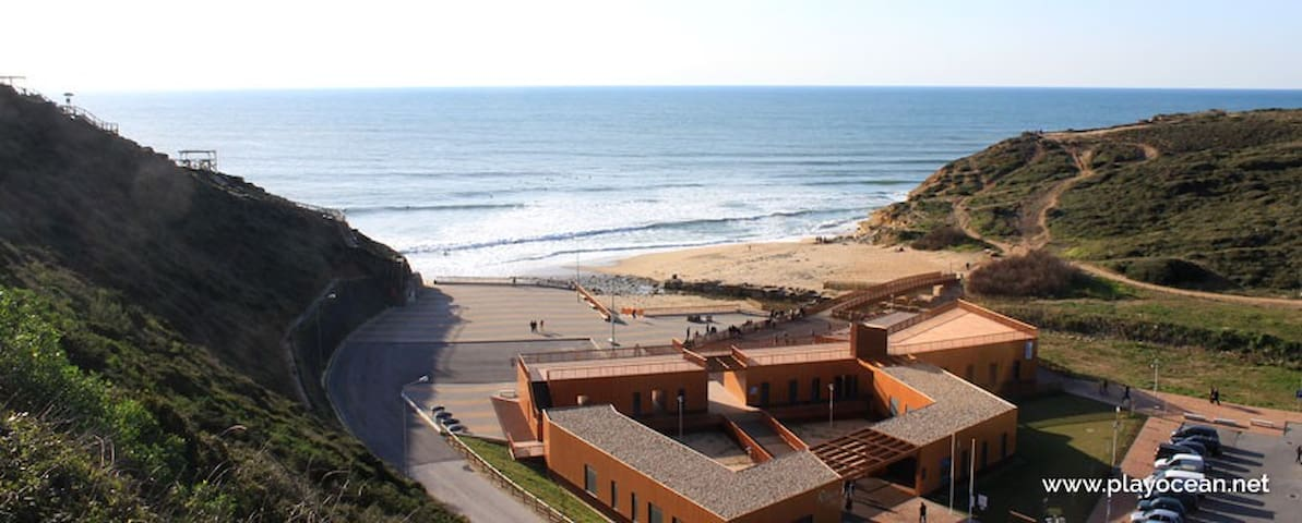 Ericeira where the ocean is bluer- Guest House - Santo Isidoro - House