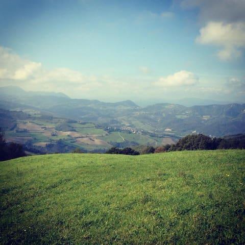 Sulla Cima del Monte - Monzuno - Villa