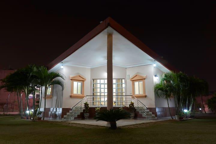 Palm Holidays - Night View
