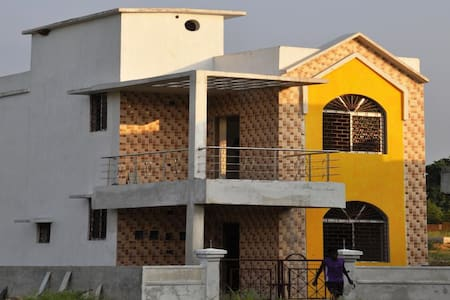 Three independent rooms for Group and individuals. - Patna