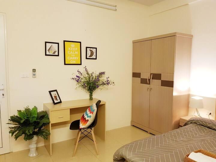 SUNSHINE DB Room at Hoan Kiem lake. NHÀ PHỐ CỔ