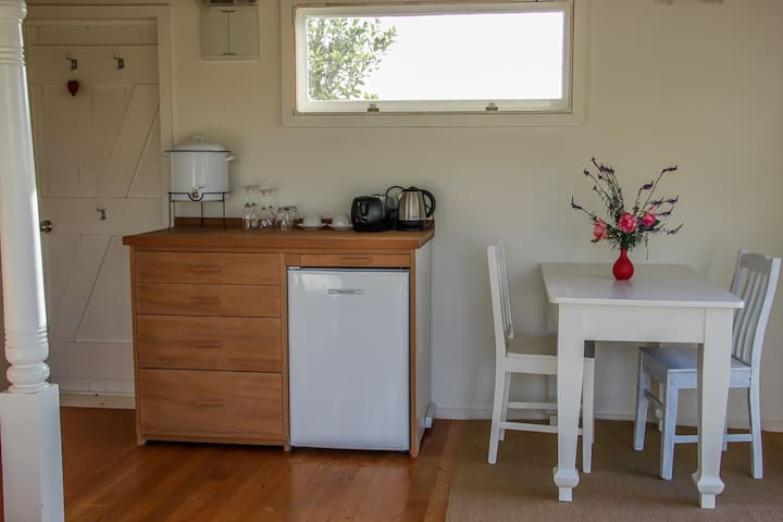 LITTLE TREASURE ocean, peace, privacy & breakfast - Auckland - Bed & Breakfast