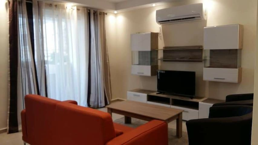 Cosy modern apartment close to Bugibba Square