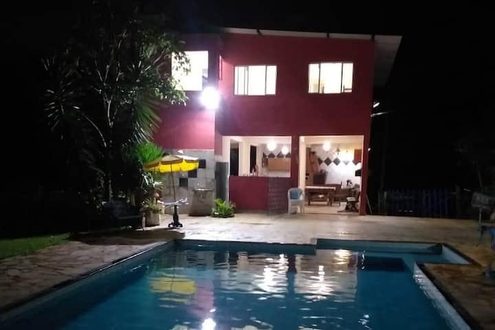 Sítio próximo a BH, piscina, sauna, churrasqueira.