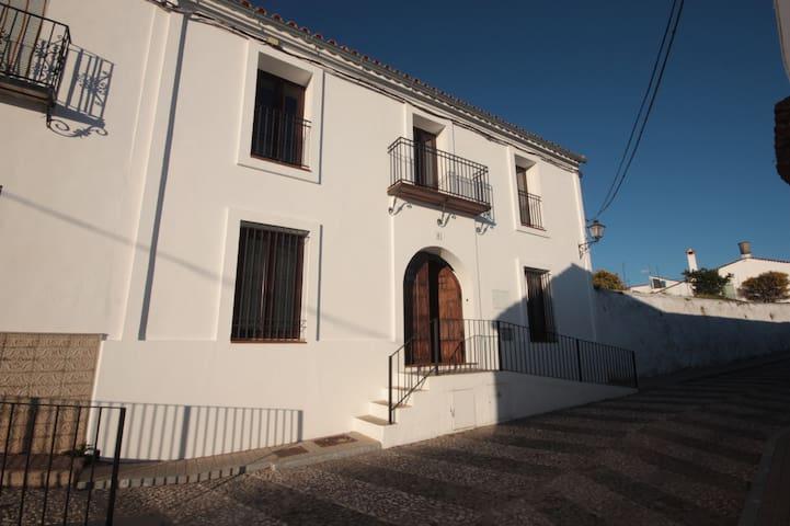 La Casa del Limonero, casa rural en Higuera