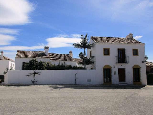 Charming Ansalusian style villa - Marbella - Dům