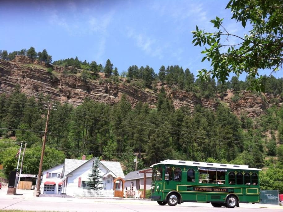 Deadwood Trolley and Bullock cottage