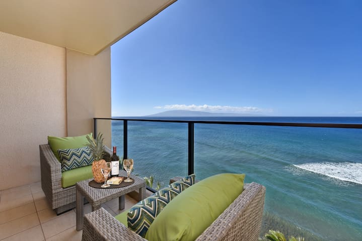 Mahana1113Tranquil Oceanfront Studio!Over the sea!