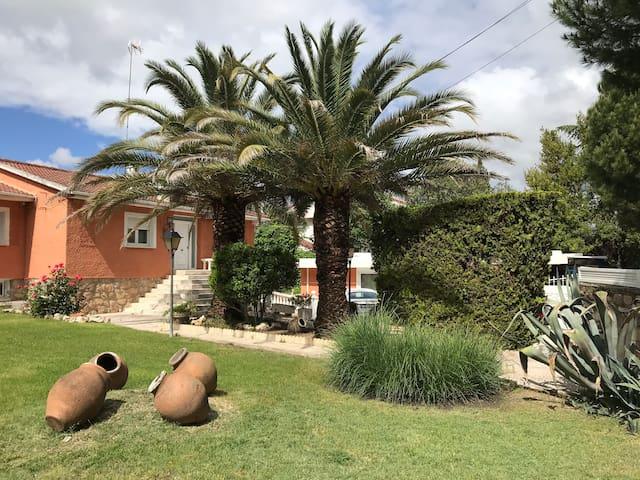 Chalet, Villaviciosa de Odón con piscina y jardin