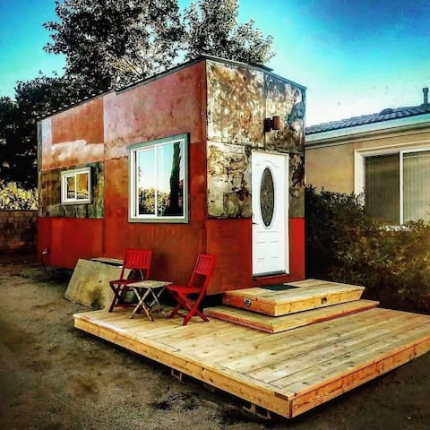 Unique Tiny House on Private Gated Property