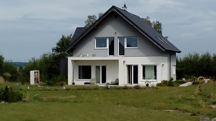 Przyjaźń Gdańsk Kaszuby. Dom za miastem, z ogrodem