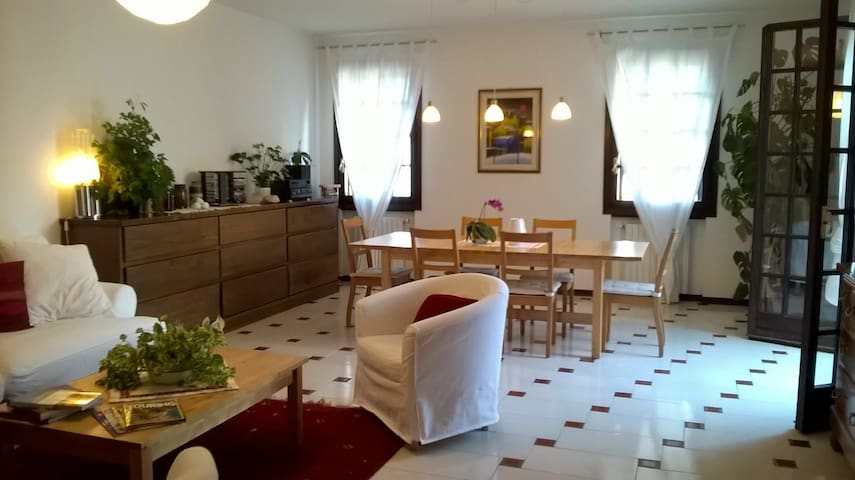 Bed & Breakfast Ai Girasoli