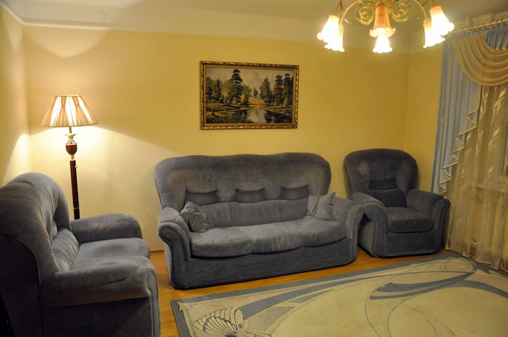 4-Room Family Apartment on Limozha near Cathedral