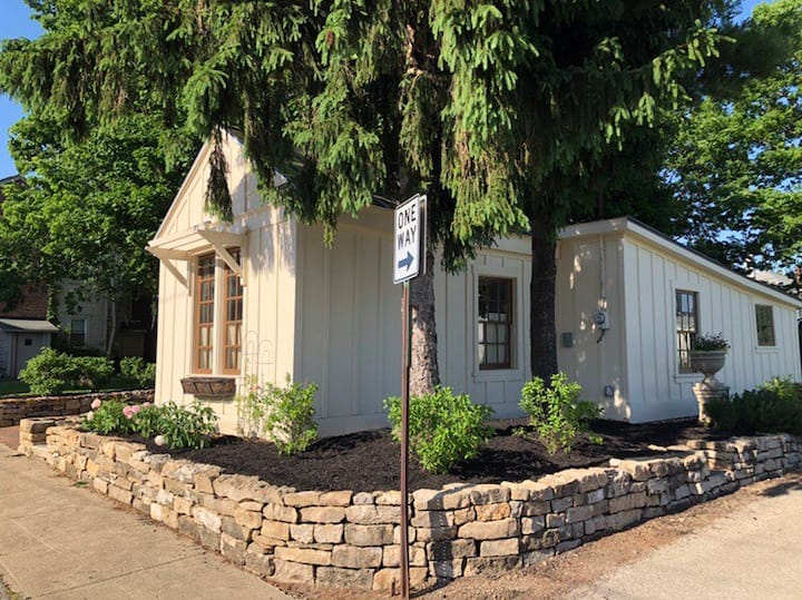 Historic Cottage in Downtown Urbana