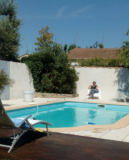 Maison avec piscine houses for rent in salon de provence for A la piscine translation