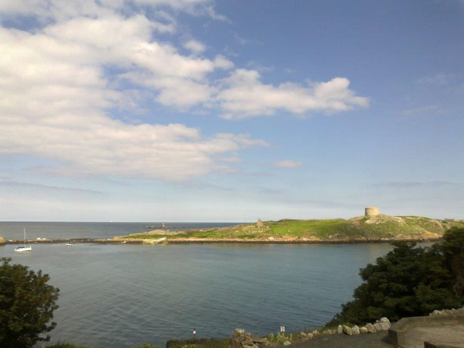 Dalkey Island a Must See with its ferry from the harbour