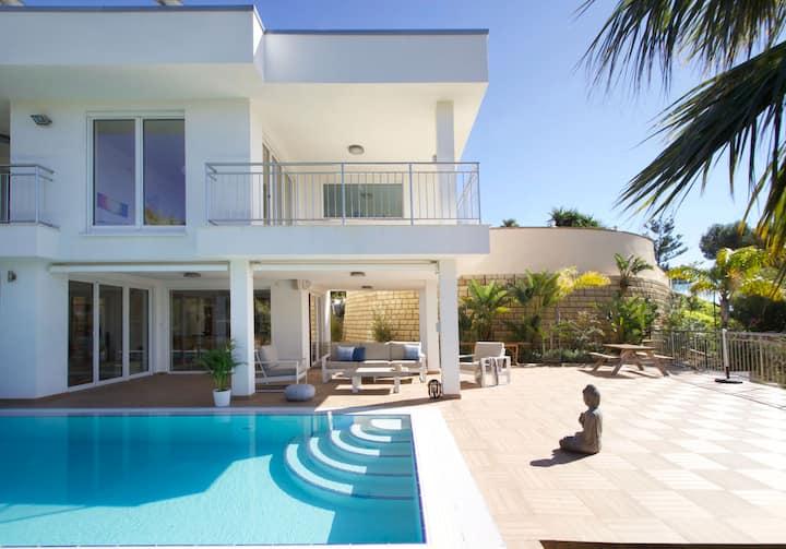 Villa SolyViento Luxuryhome / stunning seaviews