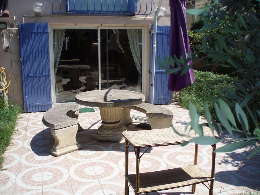 Votre studio vu depuis la terrasse
