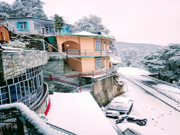 Exotic Hill View Resort in Chail  # HPCHL006