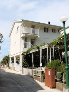 One bedroom apartment with balcony and sea view Podaca, Makarska (A-6677-e) - Podaca - Apartament