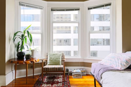 Historic Studio In Downtown Seattle - Seattle - Apartment