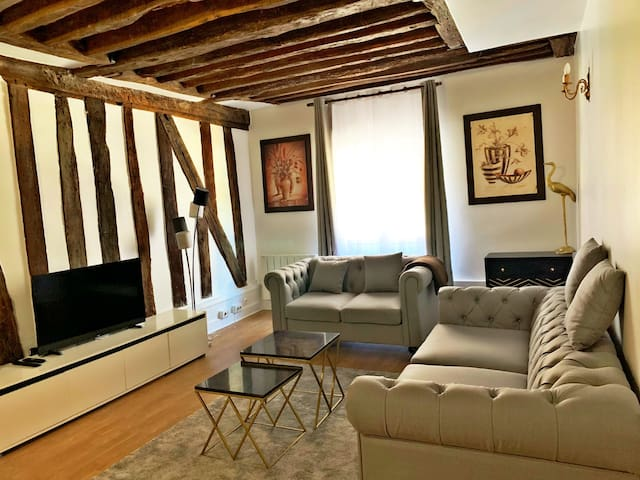 Chic flat of 80m2 Paris Center near to all