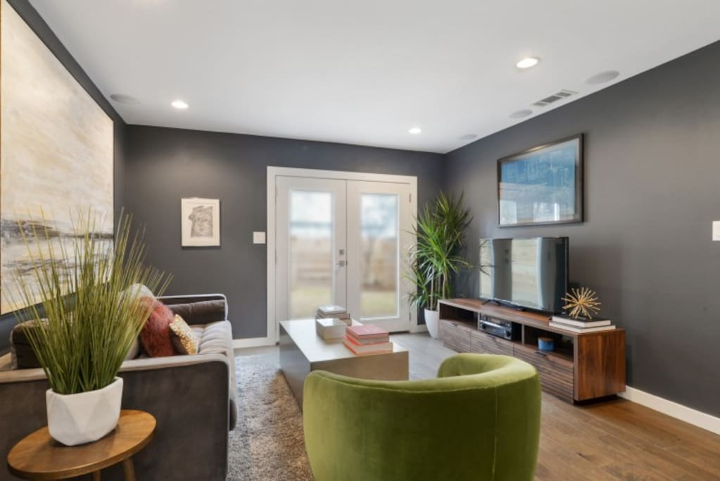 Unwind in this newly renovated townhome in Historic Faubourg Marigny.